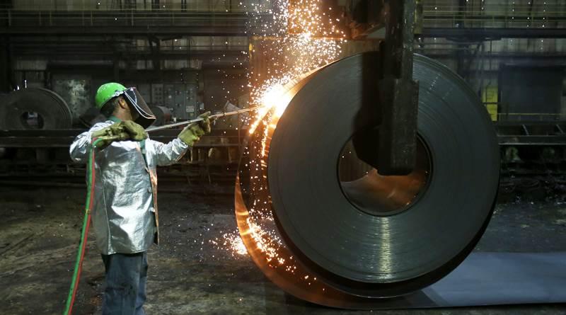Japonya'da çelik üretimi azalacak