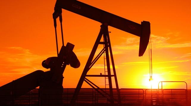Brent petrolün varil fiyatı 64 doların üzerine çıktı