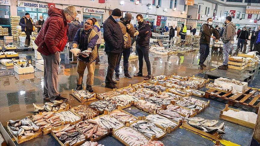 Egeli balıkçılar pandemi döneminde karlarını arttırdı