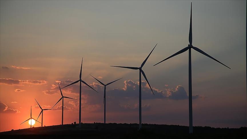 Dünya'da yenilenebilir enerji gücü her geçen gün artıyor
