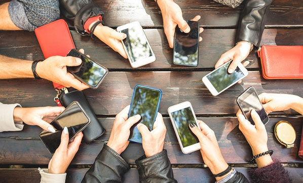 Akıllı telefon harcamaları 1 yıldayüzde 50 arttı