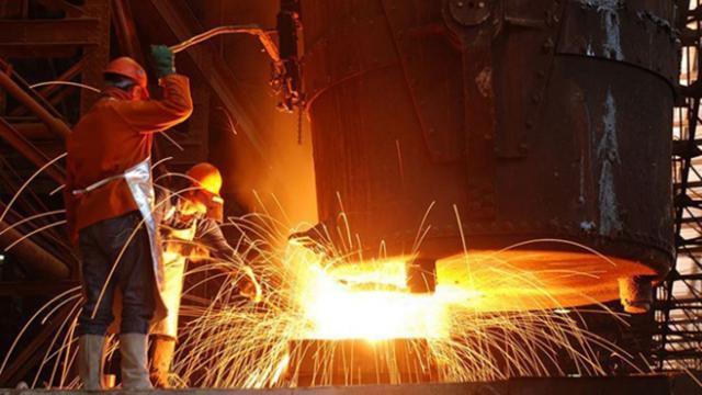 Sanayi üretimi şubat ayında arttı