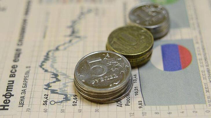 Salgın, 2020'de Rus ekonomisine yaklaşık 1 trilyon ruble zarar verdi