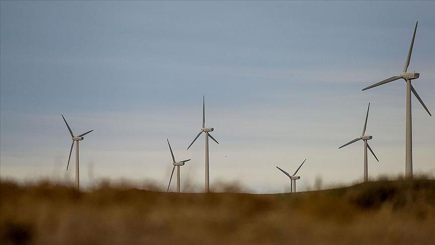 Rüzgar, güneşten elektrik üretimi ithal kömürle üretimden ucuz oldu.