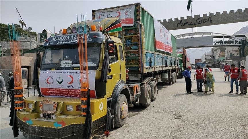 Türk Kızılaydan Afganistan'a 33 tonluk gıda yardımı