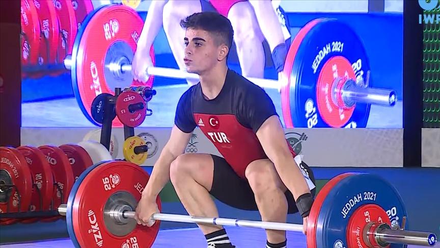 Dünya Yıldızlar Halter Şampiyonası'nda Kahriman ve Seçgin ikinci oldu