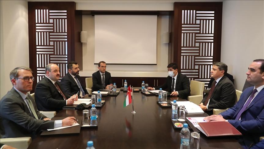 Türkiye ile Tacikistan arasındaki ekonomik ilişkiler derinleşiyor
