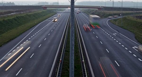Kara yolları: Balıkesir-Harmancık'ın 71. kilometresine kadar çalışma