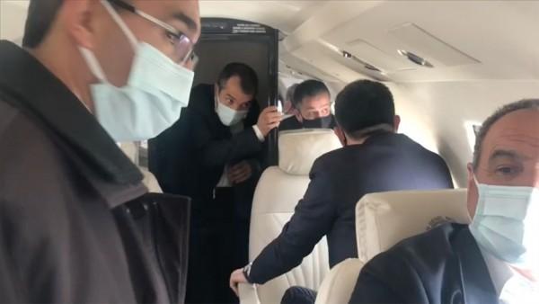 Bakan Pakdemirli'nin uçağı mecburi iniş yaptı