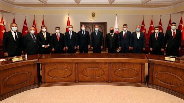 Avrupa'daki Türk dernek ve STK temsilcileriyle bir araya geldi